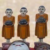 Hand - gjorda souvenir på marknaden i Inle sjön myanmar Royaltyfria Bilder