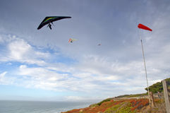 Hand glider by seascape cliff Royalty Free Stock Photography
