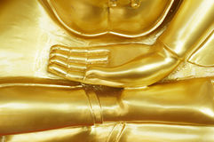 The hand of gold buddha Royalty Free Stock Images
