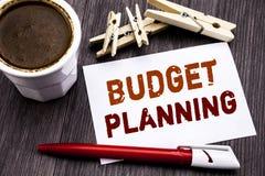 Hand het schrijven de inspiratie die van de teksttitel Begroting Planning tonen Bedrijfsconcept voor het Financiële In de begroti Royalty-vrije Stock Afbeelding