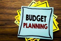 Hand het schrijven de inspiratie die van de teksttitel Begroting Planning tonen Bedrijfsconcept voor het Financiële In de begroti Stock Fotografie