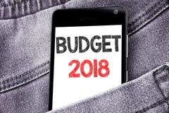 Hand het schrijven de inspiratie die van de teksttitel Begroting 2018 tonen Bedrijfsconcept voor Huishouden die boekhouding in de Royalty-vrije Stock Foto