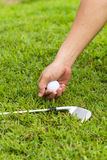 Hand hold golf ball Royalty Free Stock Photography