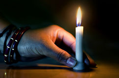hand holding candle in the dark night Royalty Free Stock Photos