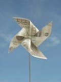 hand hundra gjorde en toyusd-windmill Arkivbilder