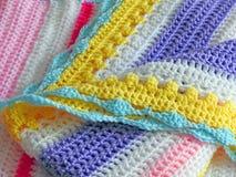 Hand knitted lavora all'uncinetto il punto dei punti di progettazione del tessuto fotografia stock libera da diritti