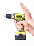 Hand met batterijschroevedraaier Stock Foto