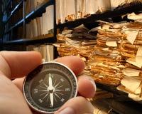 Hand met chronometer in archief royalty-vrije stock foto