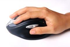 Hand met draadloze muis Stock Afbeelding