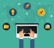 Hand met laptop online marketing websitehulpmiddel royalty-vrije illustratie