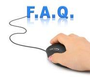 Hand mit Computermaus und Wort FAQ Lizenzfreies Stockbild