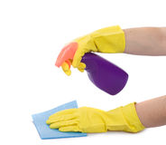 Hand mit Sprayflasche Stockbild