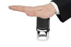 Hand mit Stempel Lizenzfreie Stockfotos
