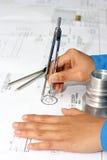 Hand mit techincal Zeichnung Lizenzfreie Stockbilder