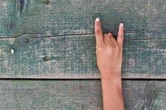 Hand, nummer och trä Royaltyfri Fotografi