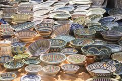 hand-painted dishes of a multitude of colors in a traditional ar Royalty Free Stock Photos