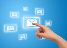 Hand pressing e-mail icon Royalty Free Stock Photos