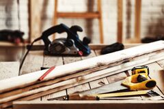 Free Hand Saw On A Wooden Table In Carpentry Workshop Royalty Free Stock Photo - 214611005