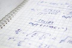 Hand schriftliche Berechnungen Stockbild
