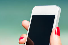 Hand With Smart Phone Royalty Free Stock Photos