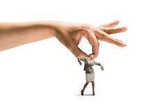 Hand som fångar kvinnan Arkivbild