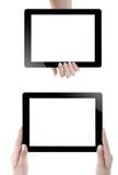 Hand som rymmer den Digital minnestavlan Royaltyfria Bilder