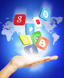 Hand und Social Media Lizenzfreie Stockfotografie