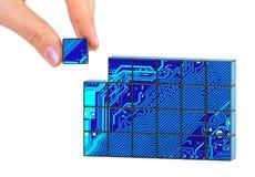 Hand- und Technologiepuzzlespiel Lizenzfreie Stockfotos