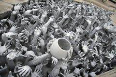 Hand van hel lijden, die om hulp in Rongk vraagt Stock Fotografie