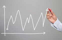 Hand van zakenman van hand getrokken grafiek Stock Foto