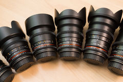 Hand verwisselbare lenzen voor digitale camera's Materiaal voor video die met digitale SLR-camera's schieten Stock Fotografie