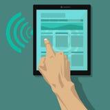 Hand wat betreft de tablet en branding door wifiverbinding Stock Fotografie