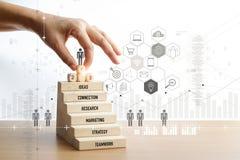 Hand wat betreft pictogramzakenman van succes, leiding, sociaal netwerk, stock afbeeldingen