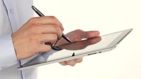 Hand, zum einer Tablette und des Griffels zu benutzen stock video footage