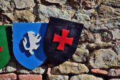 In Handarbeit gemachtes Schild spielt in einem mittelalterlichen Festival Lastra Marmantile-Stadt ein SIGNA Stockfotos