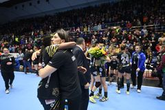 Handball dopasowanie - CSM Bucharest i Midtjylland Obraz Royalty Free