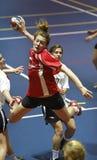 Handballmannschaftsspielerjump-shot Lizenzfreies Stockbild