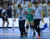 """HANDBOLLKVINNOR EHF KÄMPAR FÖR SISTA †""""GYORI AUDI ETO KC för LIGAN vs CSM BUCURESTI arkivfoton"""