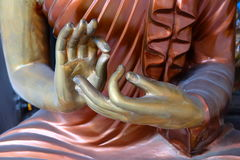 Handbuddha staty royaltyfria bilder
