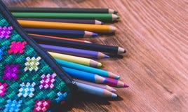 Handcraft Bleistiftkasten und Farbphotographie Stockbild