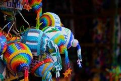 Handcrafted guatemalanska pärlbollar Arkivfoto