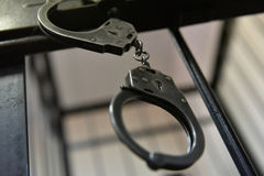 handcuff lizenzfreie stockfotos