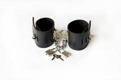 Handcuffs van het leer. Royalty-vrije Stock Afbeeldingen