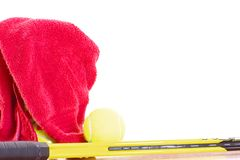 Handdoek en tennis Stock Afbeelding