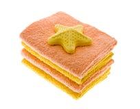 Handdoek en zout voor een bad royalty-vrije stock foto's