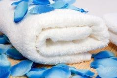 Handdoek klaar voor kuuroord royalty-vrije stock foto's