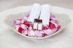 Handdoeken en schoonheidsmiddelen Royalty-vrije Stock Afbeelding