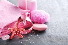 Handdoeken met zeep, bosje stock afbeeldingen