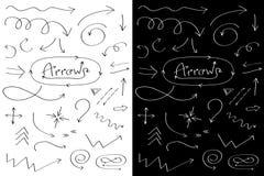 Handdrawn Gekritzelpfeile zeichnen Ikonensatz Hand gezeichnete schwarze Pfeilskizze Zeichensymbolsammlung Eingelassenes Genua, It lizenzfreie abbildung