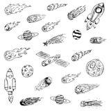 Handdrawn ruimteobjecten geplaatste krabbels Spaceships, kometen, planeten, royalty-vrije illustratie